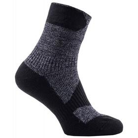 Sealskinz Walking Thin Ankle Socks Dark Grey/Black